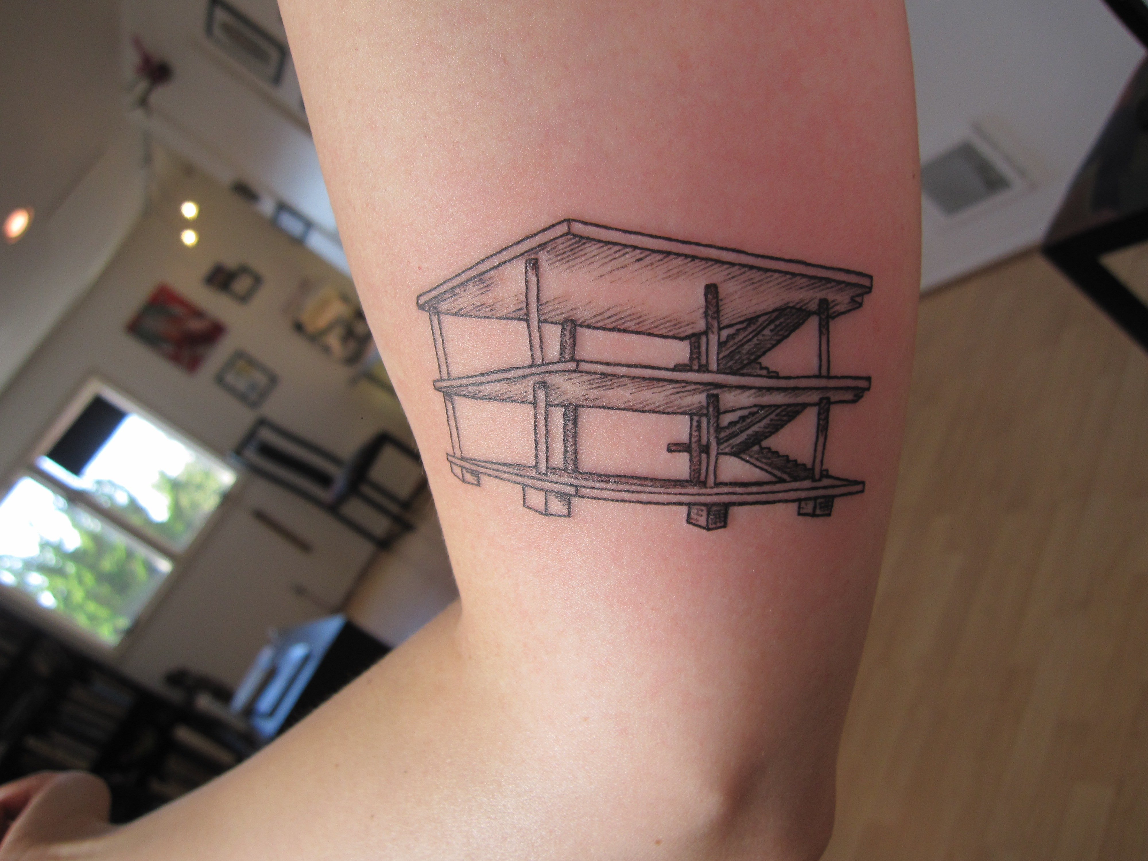 Maison domino suite c tattoo for Maison domino